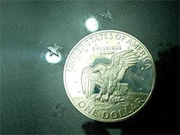 像月亮的银币
