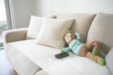 小熊看电视